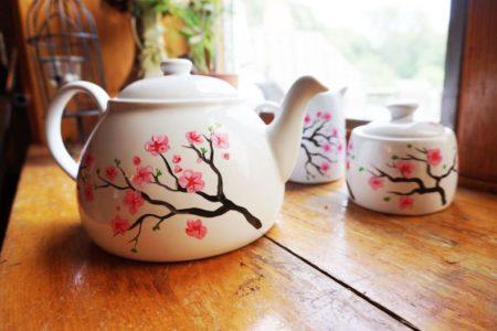 Melissa Wynne Teapot