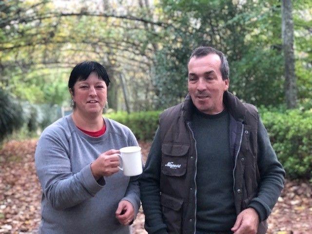 Saura and Vitor Marques are Nina's faithful collaborators in the chazal